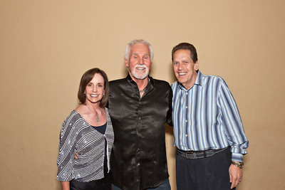 Booking agents top bands entertainment booking agency booking a special eve with kenny rogers m4hsunfo